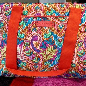 Vera Bradley travel bag - Paisley in Paradise